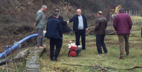 Sokoli nuk ndalet as të dielave, inspekton punimet në ujësjellësin e Letnicës