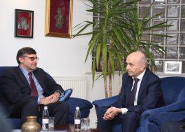 Matthew Palmer: LDK të ketë rol konstruktiv në zhvillimin e vazhdueshëm të Kosovës