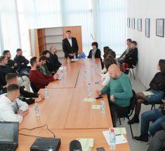 Gjilani prezanton projektin për të rinjtë në agrobiznes
