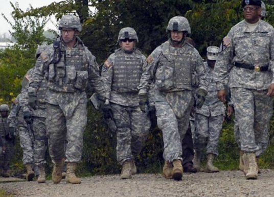 AP: Nëse Serbia tenton të hyjë në Kosovë, do të përballet direkt me SHBA-të dhe NATO-n