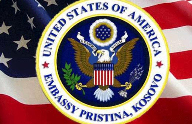 Ambasada amerikane: Taksa minon partneritetin e Kosovës me