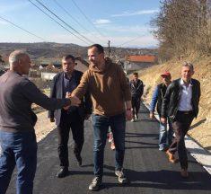 Përurohet rruga e asfaltuar në Hodonoc, Kastrati i kënaqur me participimin e qytetarëve