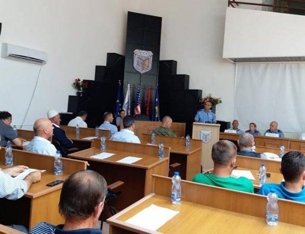EVSB e komunave Viti, Gjilan e Kamenicë mbajnë tryezë për dëmet nga zjarret