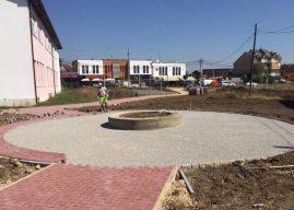 Haliti vizitoi punimet në ndërtimin e parkut në Pozheran dhe asfaltimin e një rruge në fshatin Sllatinë të Poshtme