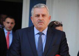 Agim Veliu iu përgjigjet akuzave të Fatmir Sejdiut për tradhti