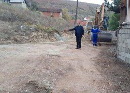 Malisheva e Epërme mbetet pa rrugicat e asfaltuara, Mejdi Selmani ka një lutje për pushtetarët komunal