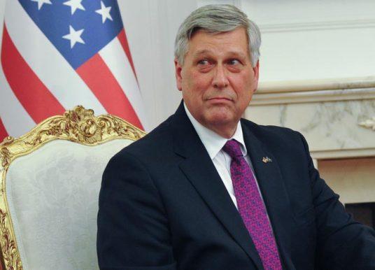 Ambasadori amerikan Kosnett : Populli votoi për partitë që thanë se do të luftojnë korrupsionin, Qeveria të formohet sa më shpejt