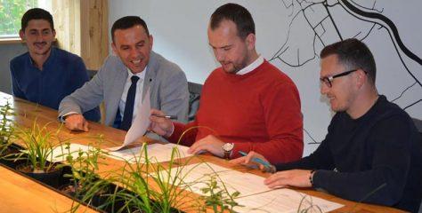 Komuna e Kamenicës vazhdon mbështetjen për fermerët