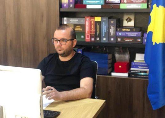 Ismajli ia përcjell Hotit kërkesat e bizneseve gjilanase