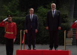 Hoti takon Ramën në Tiranë, pritet me nderime të larta shtetëror