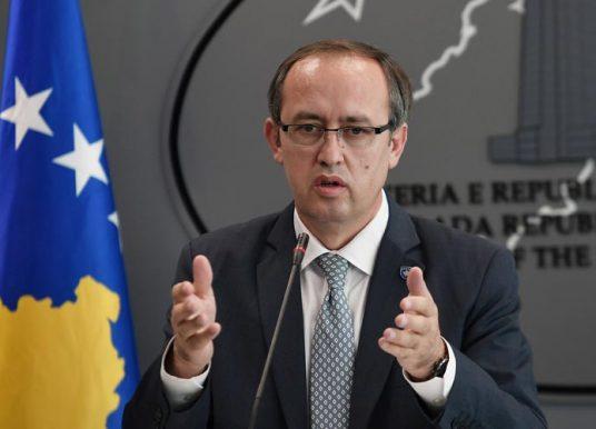 Hoti jep detaje për takimin me presidentin Macron: Vetëm njohja reciproke Kosovë-Serbi do ta qetësojë Ballkanin