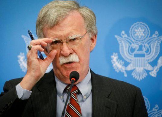 Bolton: Shkëmbimi territorial nuk ishte ide e imja, e kërkuan liderët e Kosovës dhe Serbisë