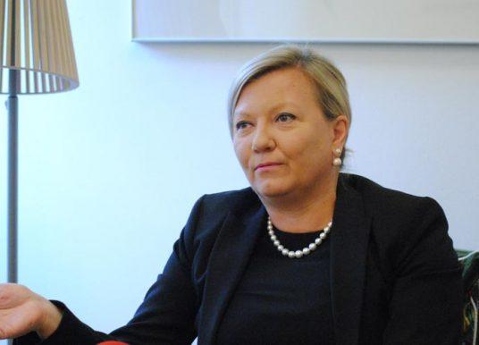 Ambasadorja finlandeze kritikon ashpër kosovarët: Askujt s'po i intereson për koronavirusin