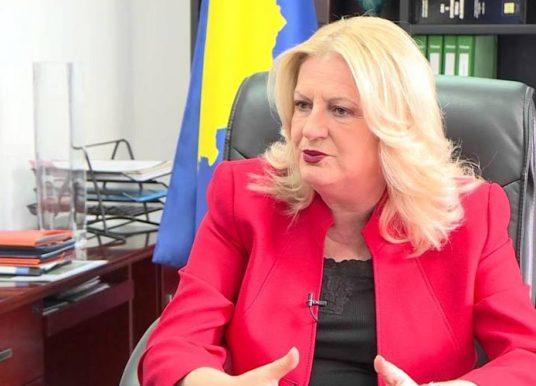 Edita Tahiri: Nga zyra e qeverisë nuk mbrohen kufijtë