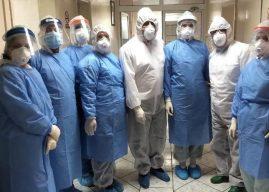 Lutfi Haziri viziton Repartin Infektiv, vlerëson lartë punën e mantelbardhëve