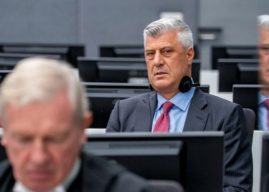 Smith: Gjykimi ndaj Thaçit e të tjerëve të mos nisë më vonë se shtatori i 2021-s