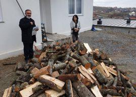 """""""Bereqeti"""" ndihmoi familjet me jetim me 50 metra dru"""