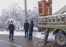 KEDS-i intervenon në fshatrat kufitare në zonën e Kamenicës