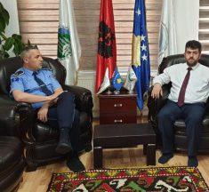 Kreu i KBI efendi Naim Aliu ka pritur Komandantin e stacionit Policor të Gjilanit Major Alban Ramushin