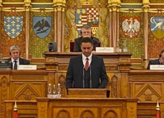 Konjufca në Hungari kritikon BE-në për vizat: Nëse na thoni se duhet të presim do të ishte dëshpëruese