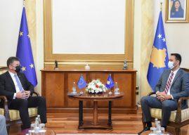Konjufca takon Lajçakun, thotë se me Serbinë nuk do të negociojnë për integritetin dhe sovranitetin e Kosovës