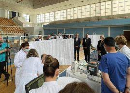 Haziri: Nga e hëna, gjilanasit mund të vaksinohen kundër COVID-19 te QMF Dardania